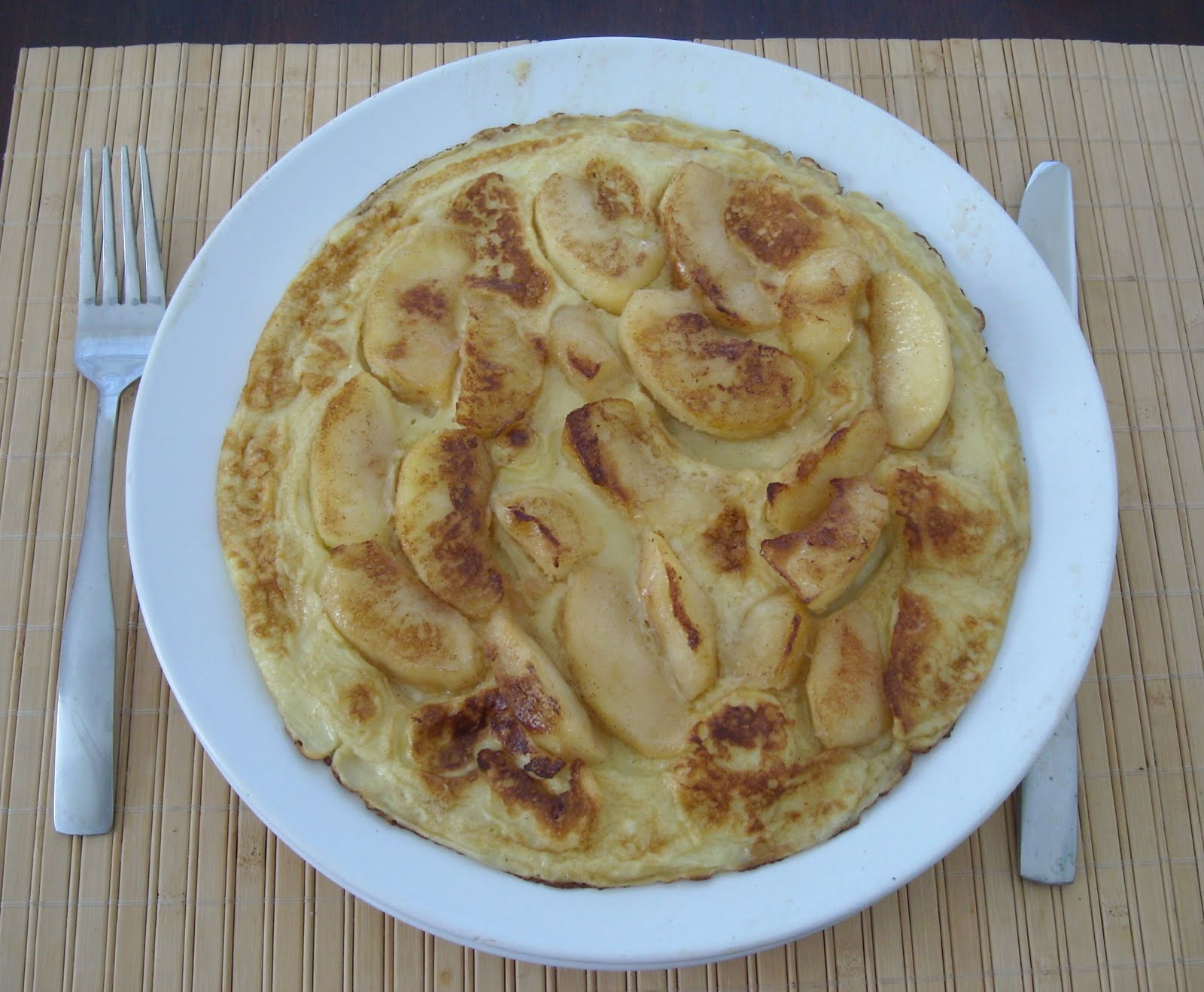 Spiced Apple-Filled Pancakes Recipe — Dishmaps